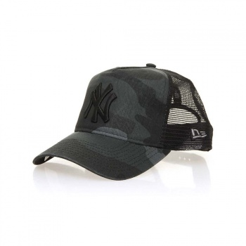 New Era New Era New York Yankees Trucker Washed Camo
